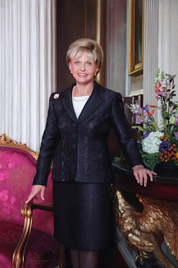 The Hon. Beverly Eaves Perdue, Governor of North Carolina by John Seibels Walker